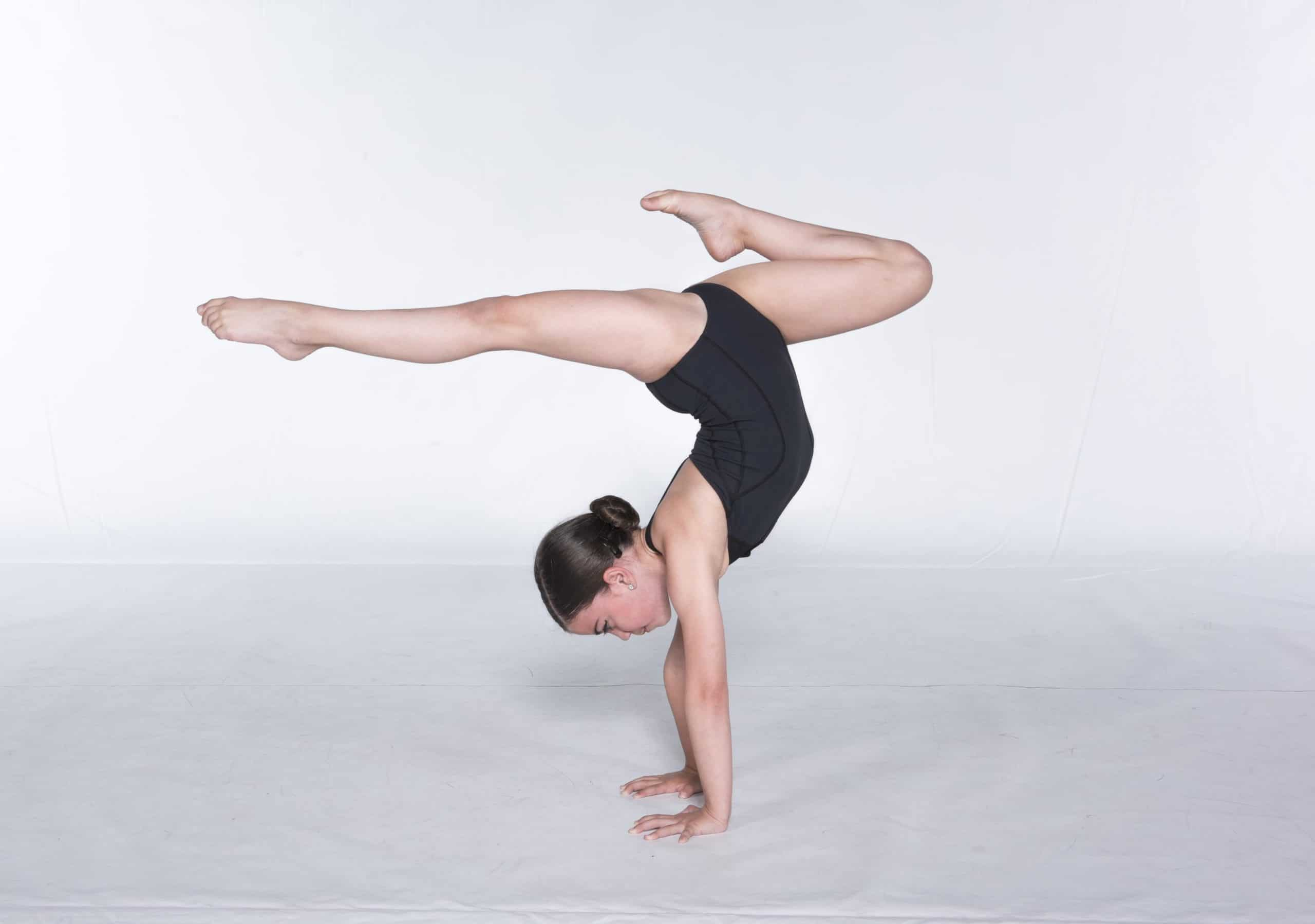 Acro dance classes in Toronto